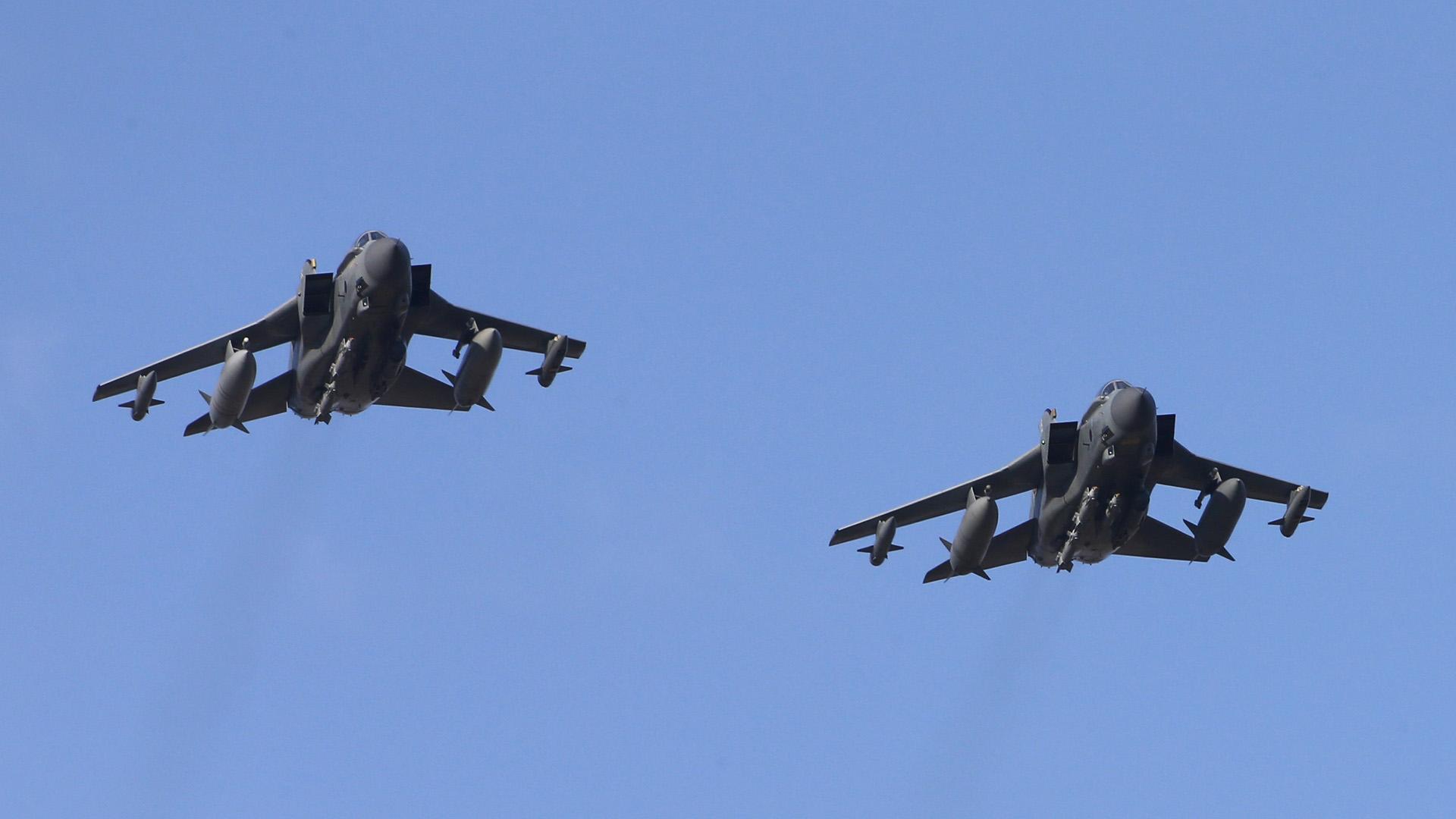 """El ministro de Defensa, Michael Fallon dijo que cuatro aviones tipo """"Tornado"""" se encargaron de la operación"""