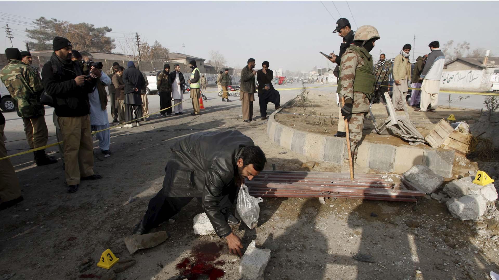 Una bomba explotó cerca de un mercado al noreste del país afectando a más de 50 personas