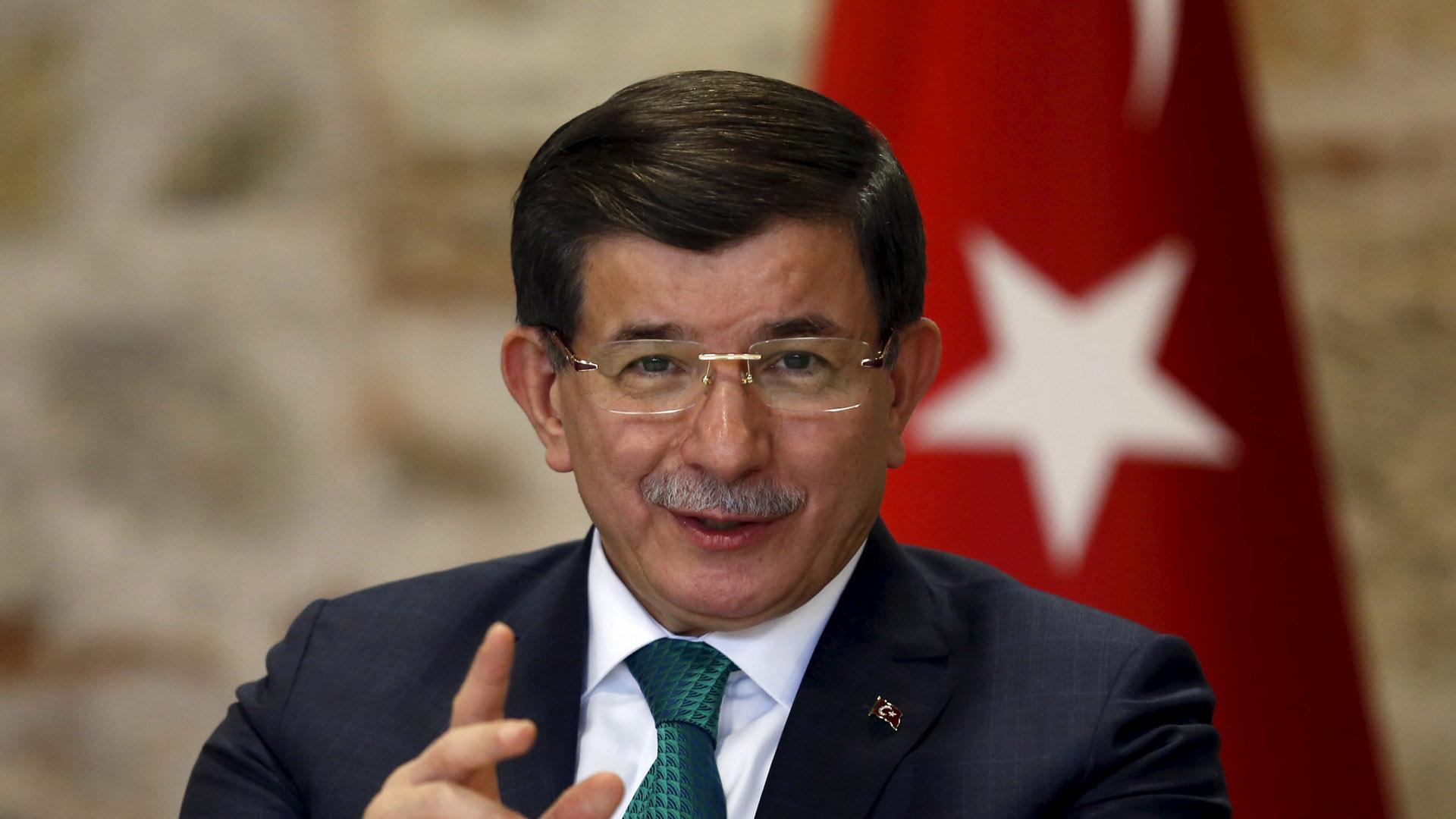 El primer ministro turco, Ahmet Davutoglu, espera que se recupere la cooperación tradicional entre ambos países