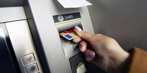 También es importante verificar constantemente las cuentas bancarias para evitar fraude electrónico