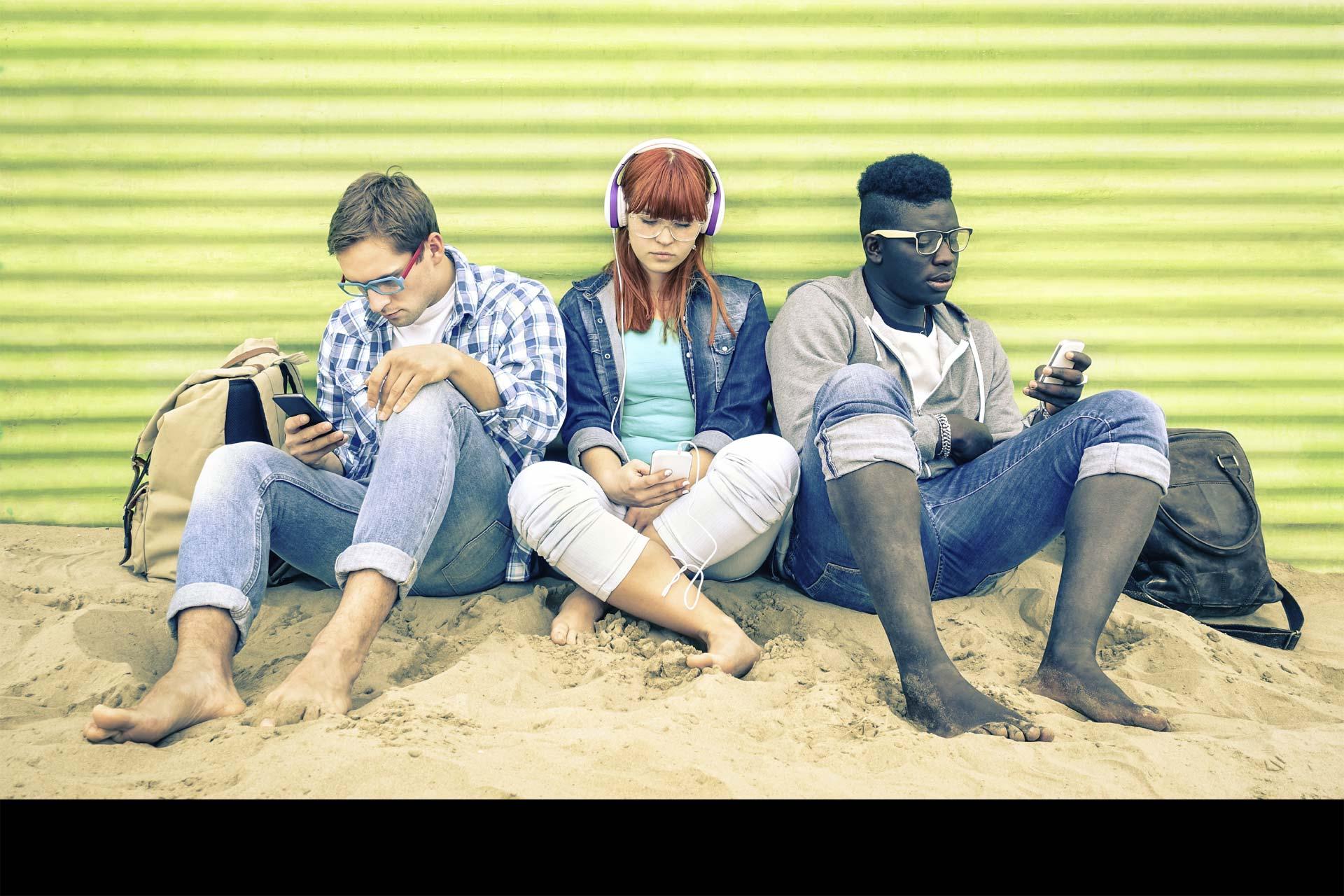 La era de los smartphones ha traído nuevos problemas de comunicación. También, ha desarrollado los ya existentes