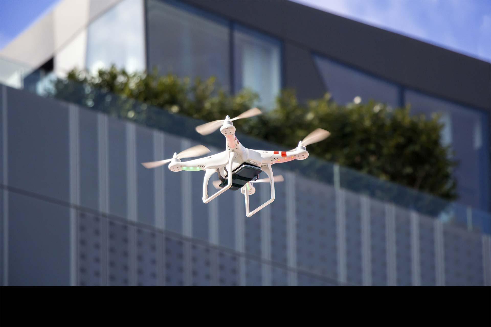 Los mismos servirían para la vigilancia de las fronteras, de las aguas territoriales y del espacio aéreo