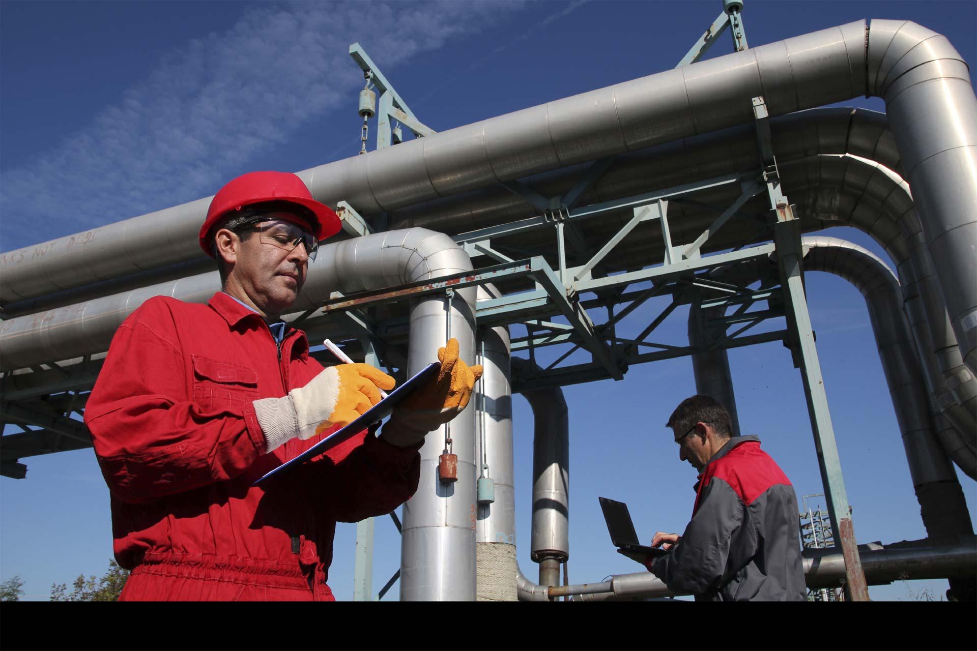OPEP decidió mantener sus actuales niveles de producción y no fijó un objetivo preciso