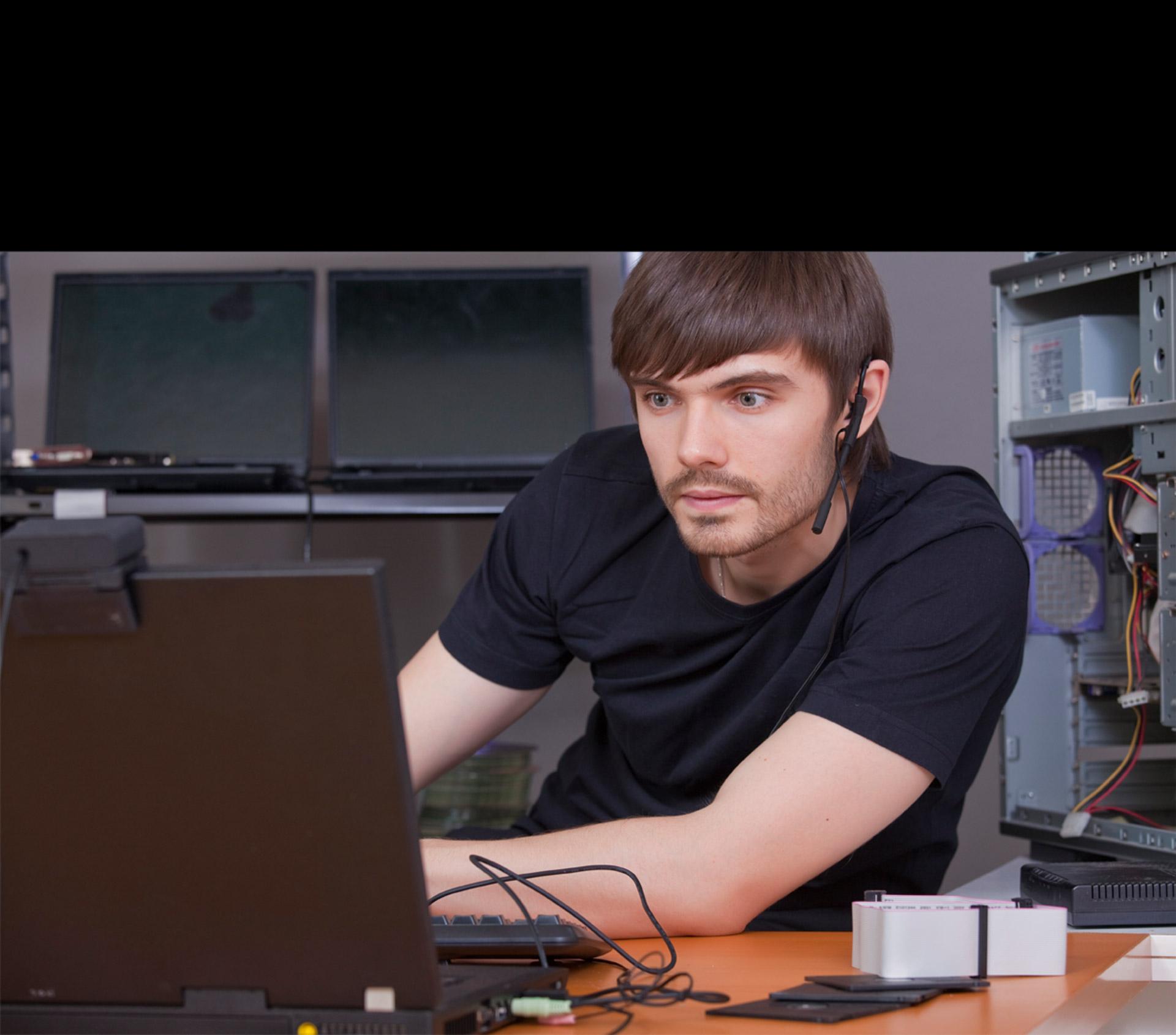 La creación de este código fue propuesta por un ingeniero de Google en 2013 para mejorar estándares técnicos de Internet