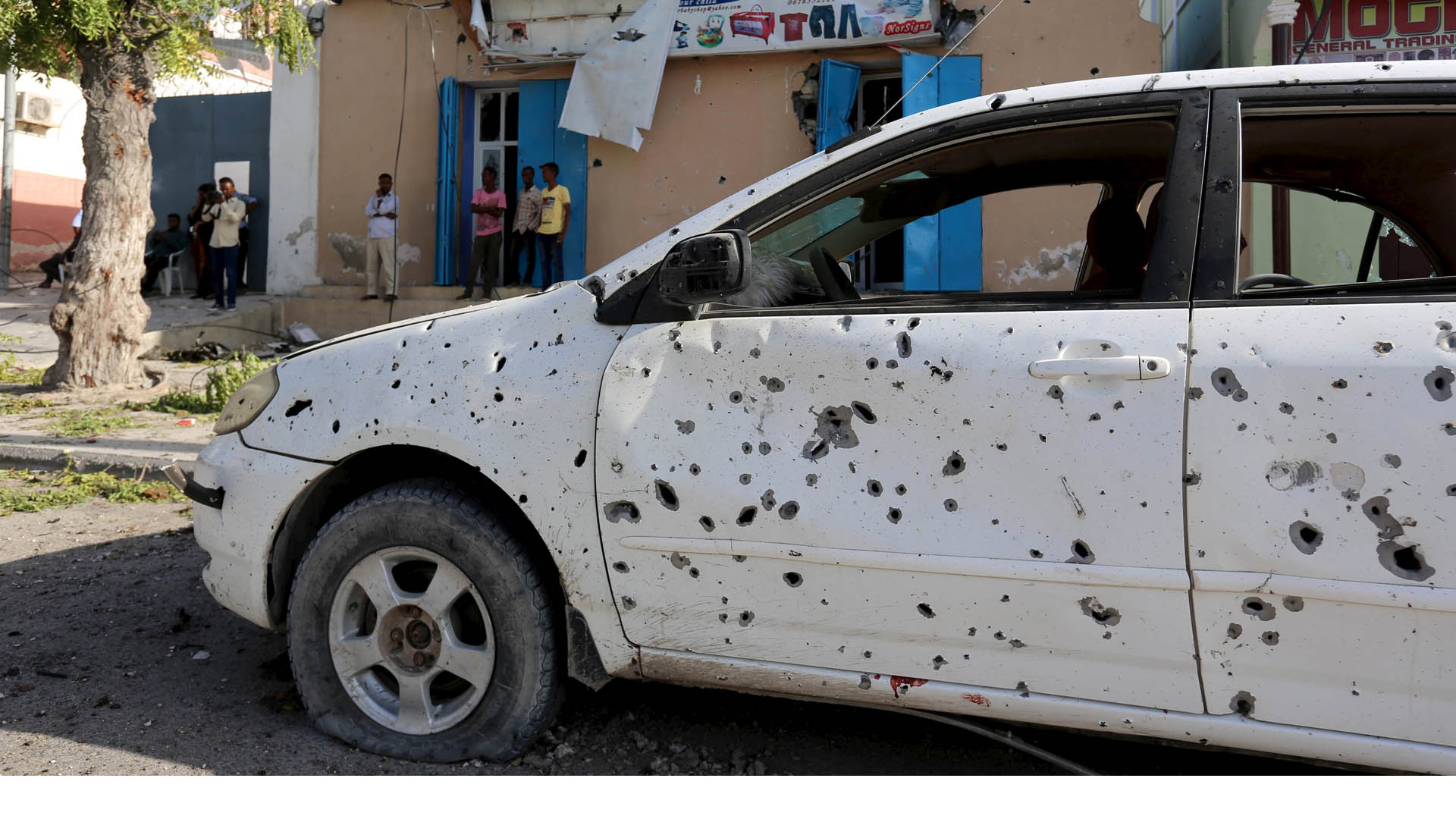 El gobernador de la región central de Galgaduud también resultó herido durante el atentado