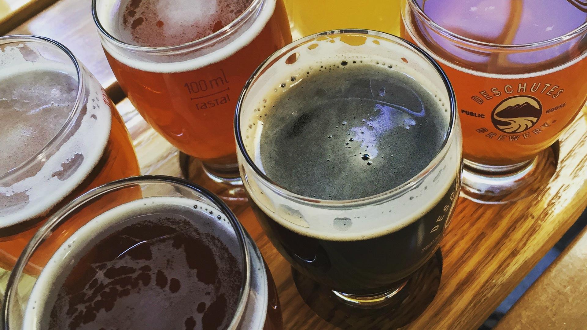 Deschutes Brewery se identifica por usar energía verde en todos sus procesos de producción