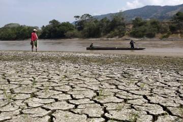 La sequía provocada por el fenomeno El Niño obligó a 20 de los 32 departamentos a declarar alerta roja