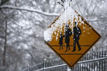 Andrew Cuomo, gobernador de la entidad tomó la medida por la tormenta de nieve que azota la ciudad