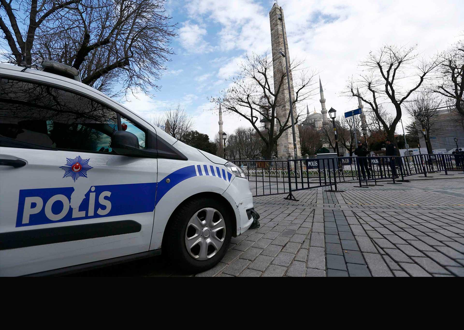 La policía aseguró que de seis instituciones, en cinco no había peligro