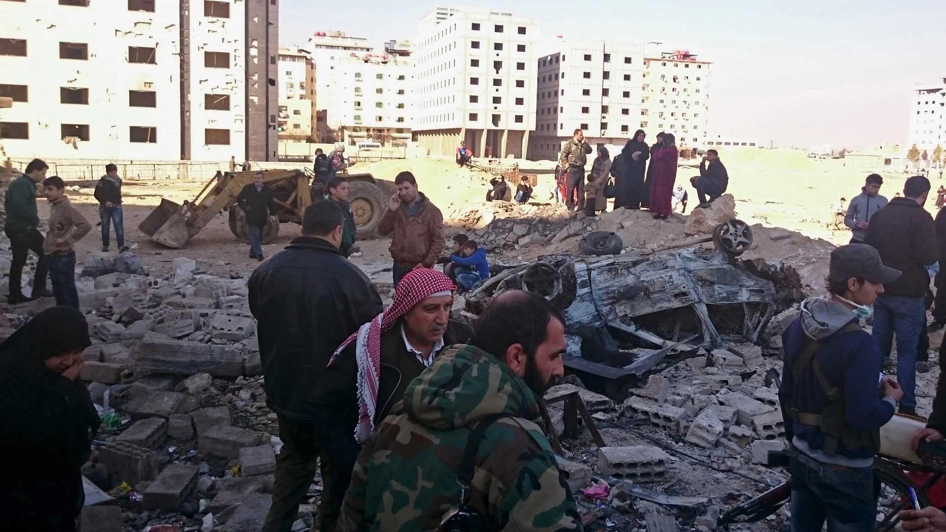Las bombas estallaron en el barrio de Sayeda Zainab, situado al sur de la capital siria de Damasco