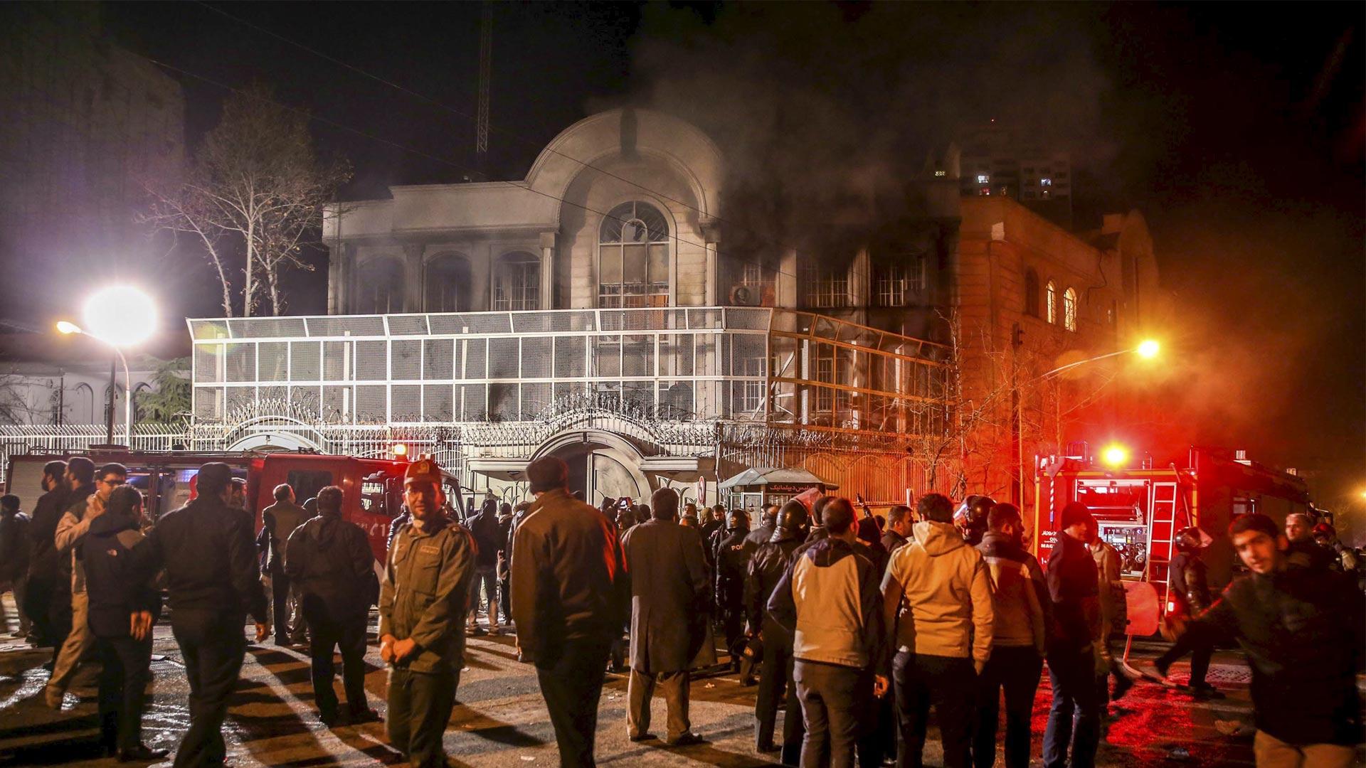 La petición se hace luego del asalto hace tres días a dos sedes diplomáticas saudíes en Irán