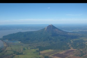 Los expertos se mantienen alerta pues los temblores están asociados a movimientos de magma