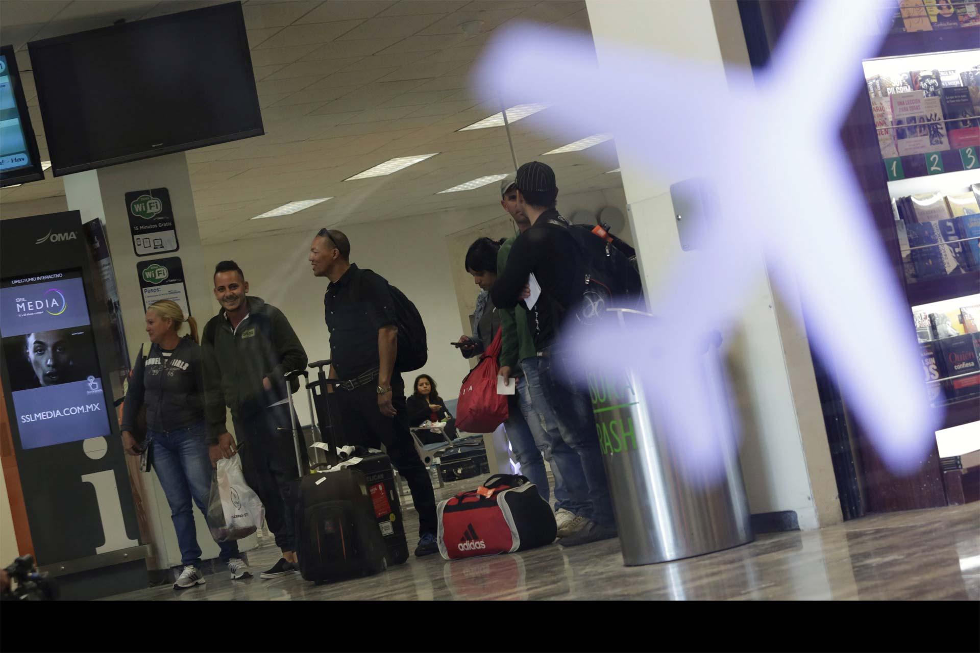 Los al rededor de cinco mil migrantes que se encuentran varados en Costa Rica saldrán por un puente aéreo