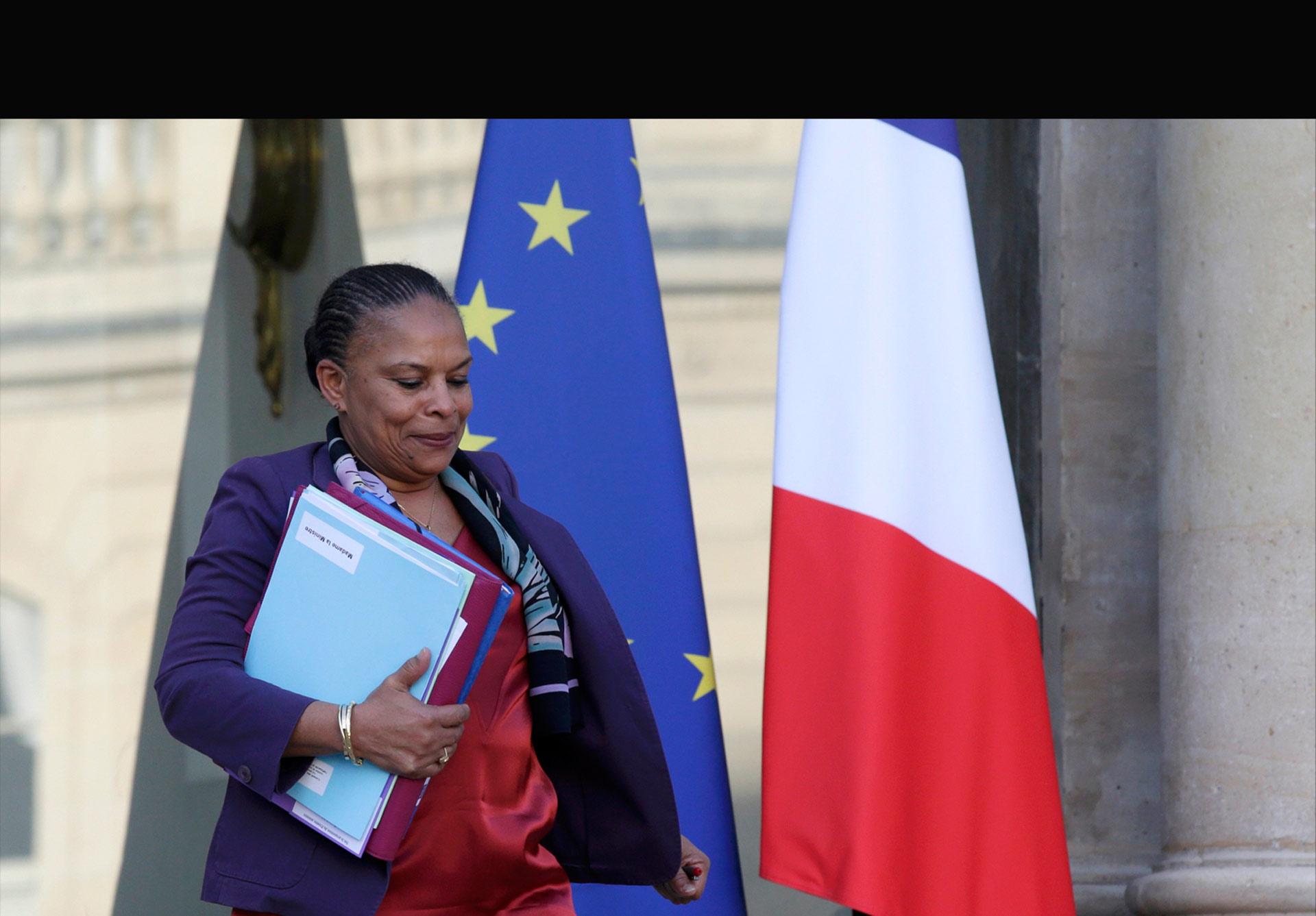 La funcionaria se separó del cargo este miércoles, al comenzar el debate del día en el Parlamento