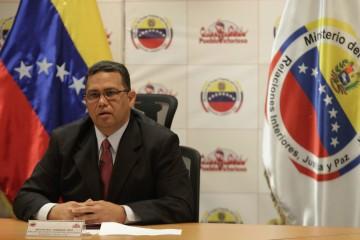El ministro de Relaciones Interiores pidió a los militares venezolanos su mayor compromiso con la FANB