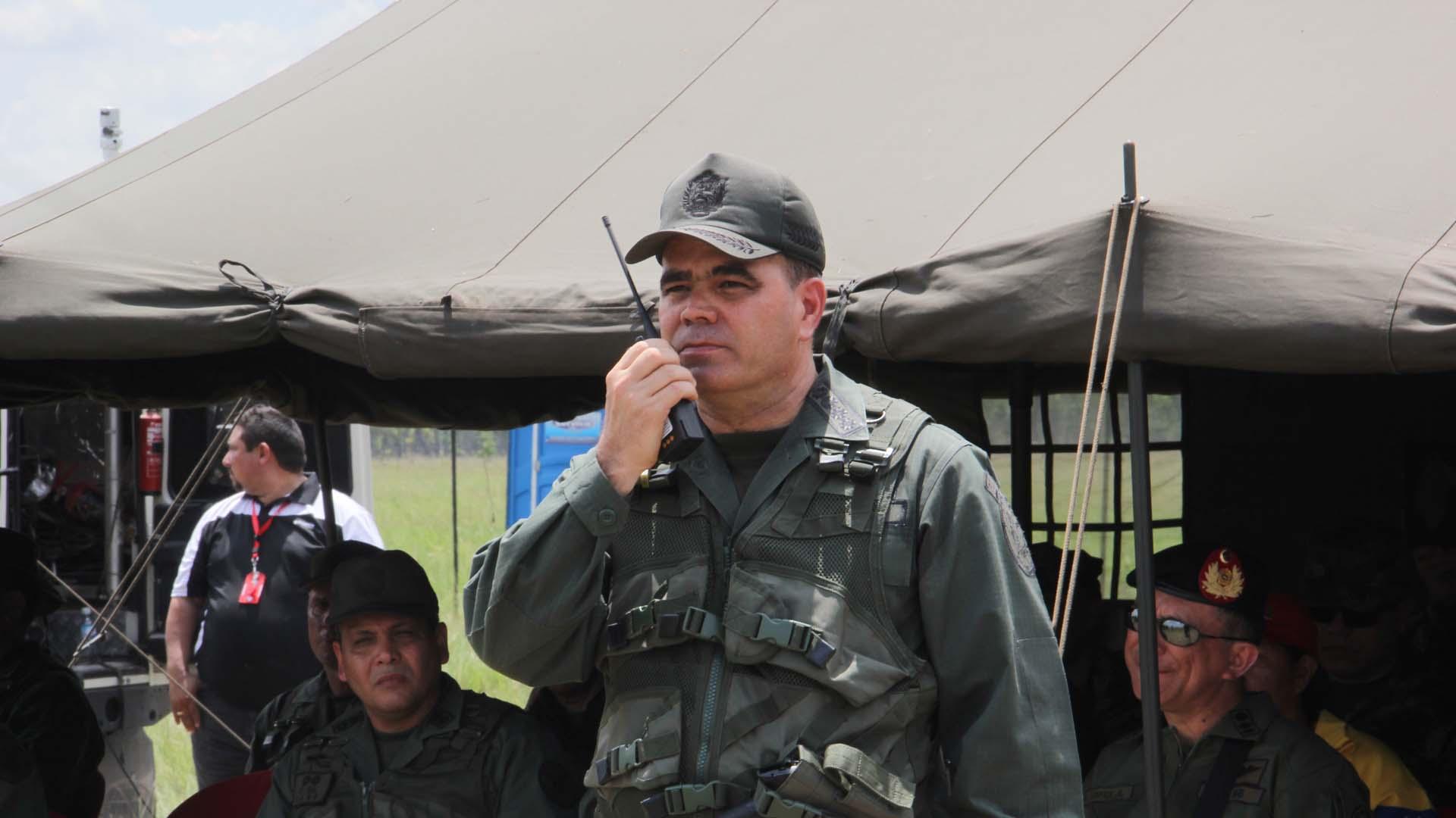 El ministro de Defensa aseguró que la seguridad de la nación obliga a la FANB a deliberar en políticas de Estado