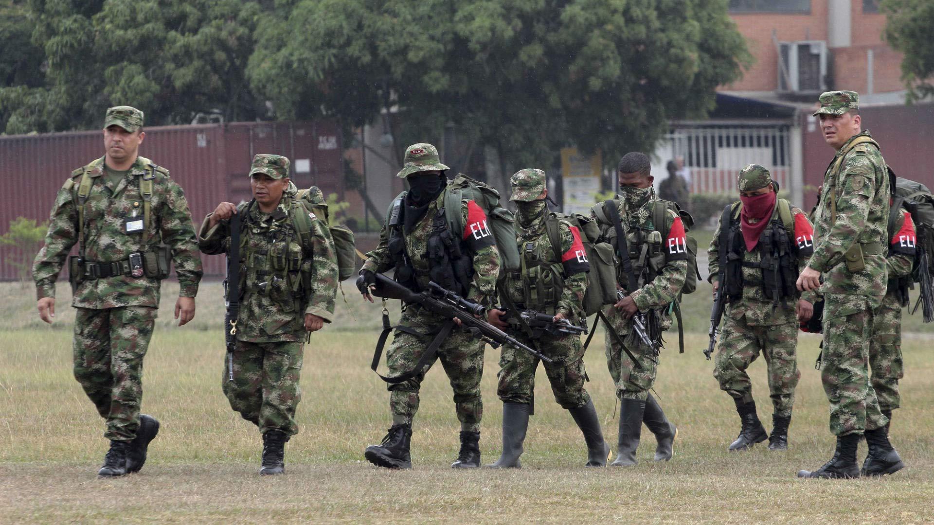 ELN ha incrementado sus ataques. El presidente Santos convocó un consejo extraordinario de seguridad para examinar la situación