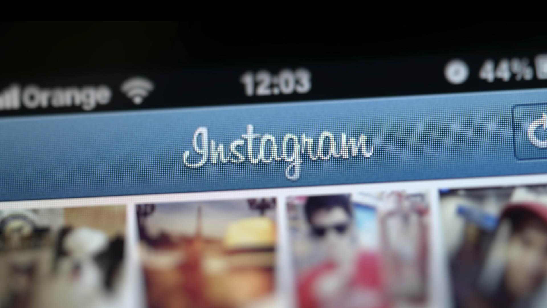 Desde que la red social implementó el uso de varias cuentas en un mismo teléfono presenta un error que deja al descubierto los mensajes directos