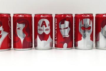 La famosa compañía de refrescos sacó una edición especial de latas que contienen a The Avengers