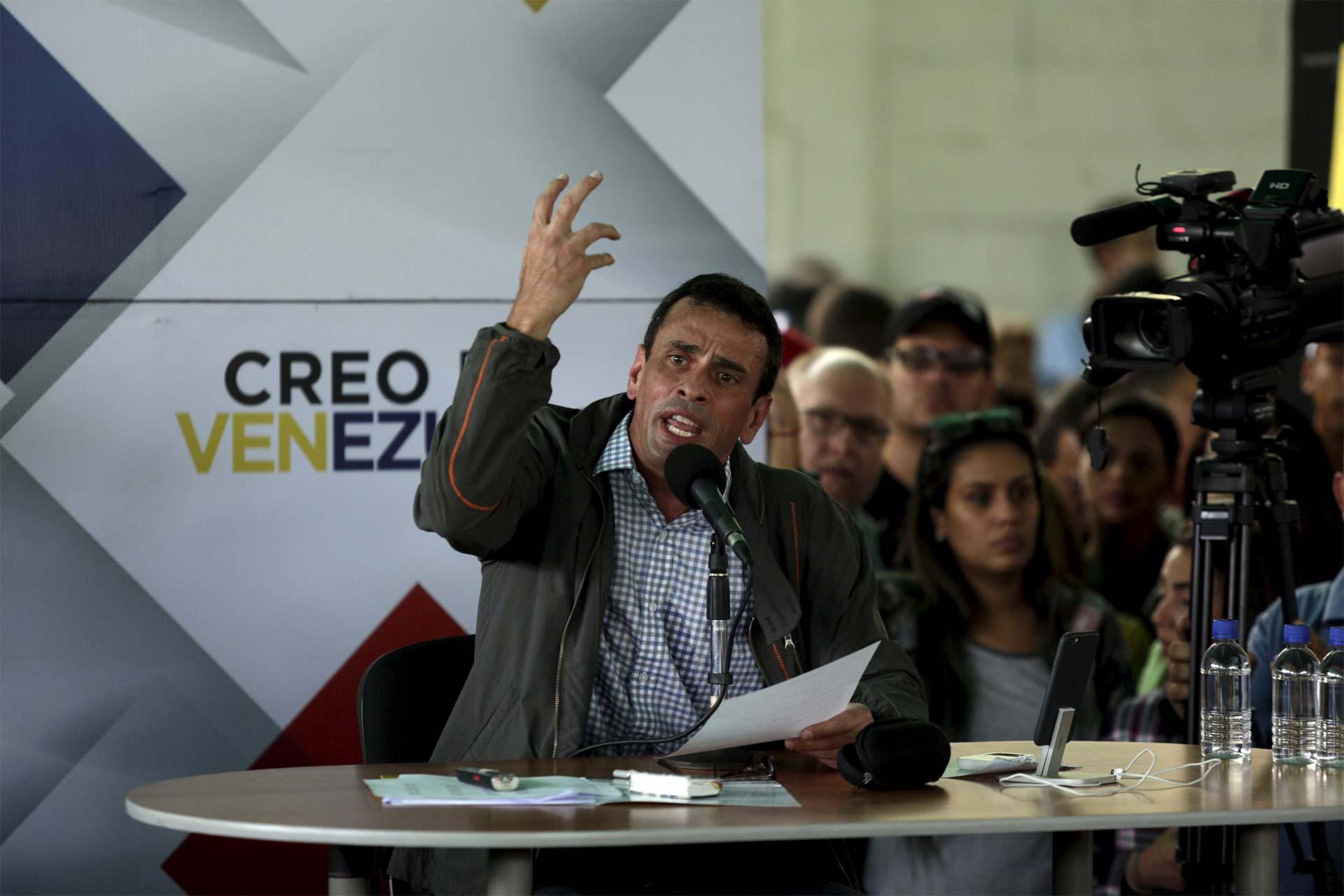 El gobernador del estado Mirando lidera una campaña para impulsar un referendo revocatorio al presidente Maduro