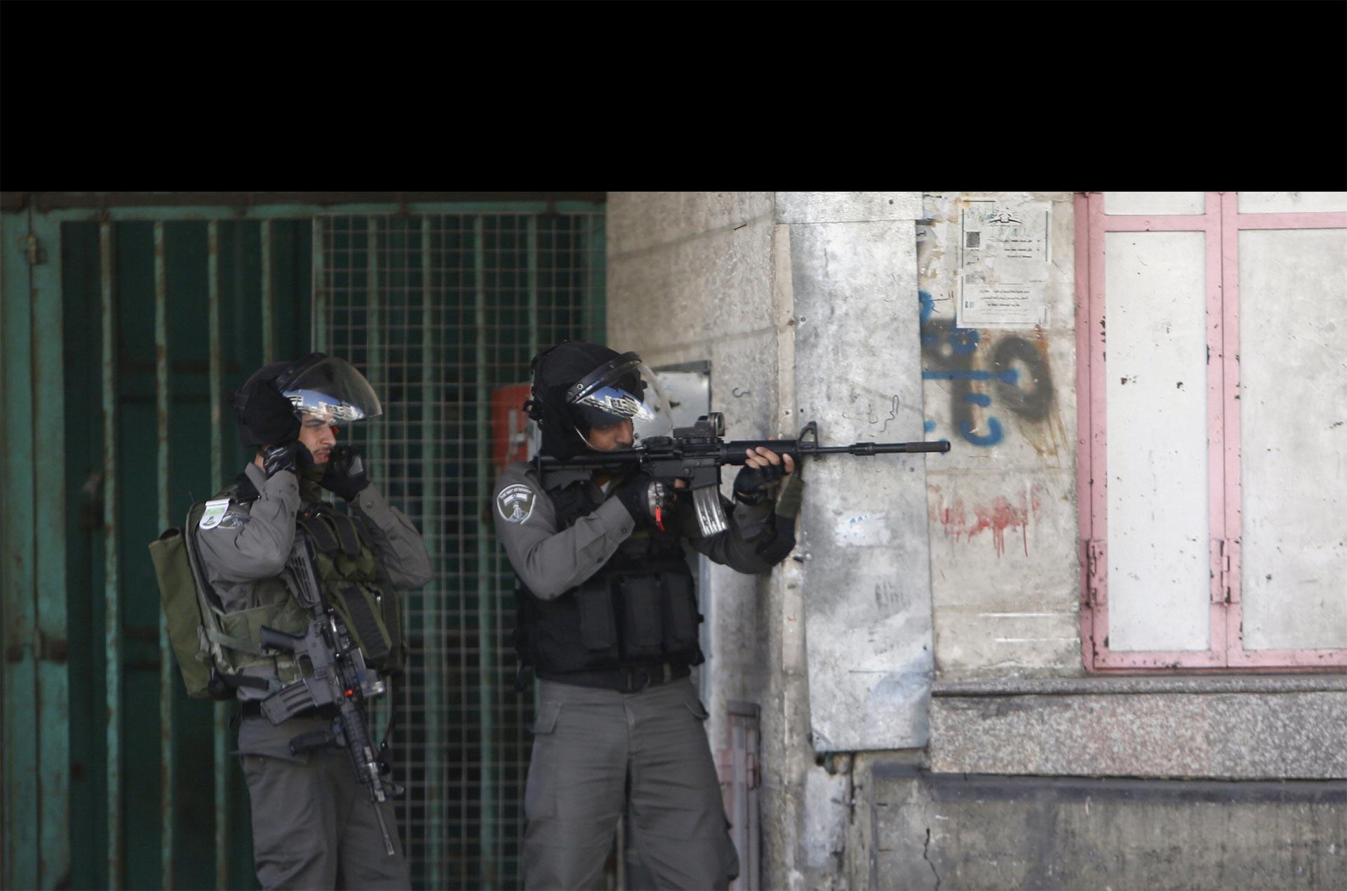 El ejército palestino se mantiene alerta en las calles