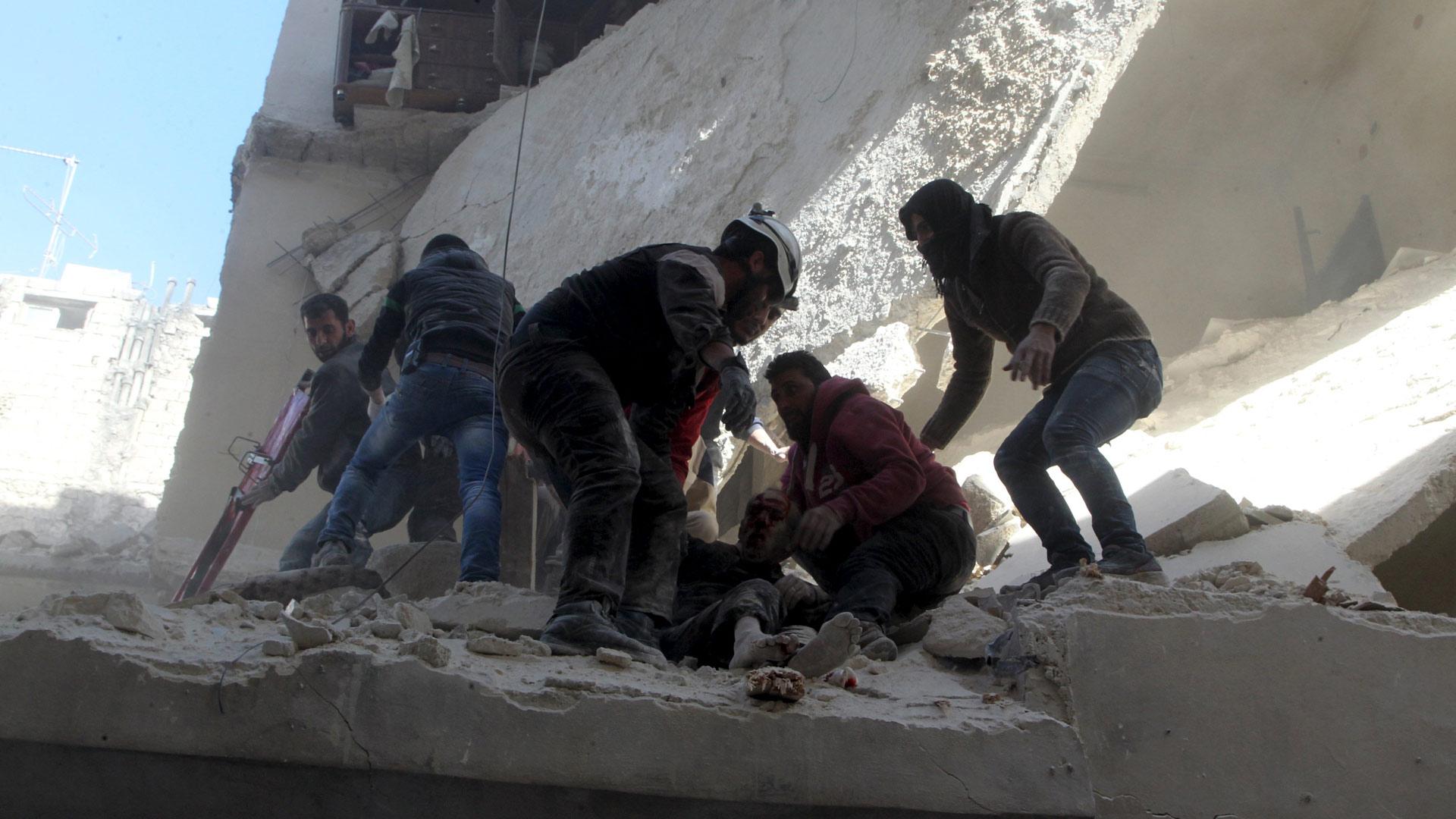 También hubo fuertes encuentros entre seguidores del régimen y extremistas