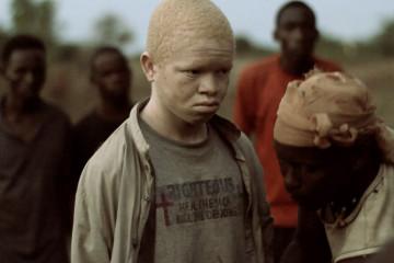 Al parecer tenían huesos de personas albinas, pues se cree que aportan riqueza y poder