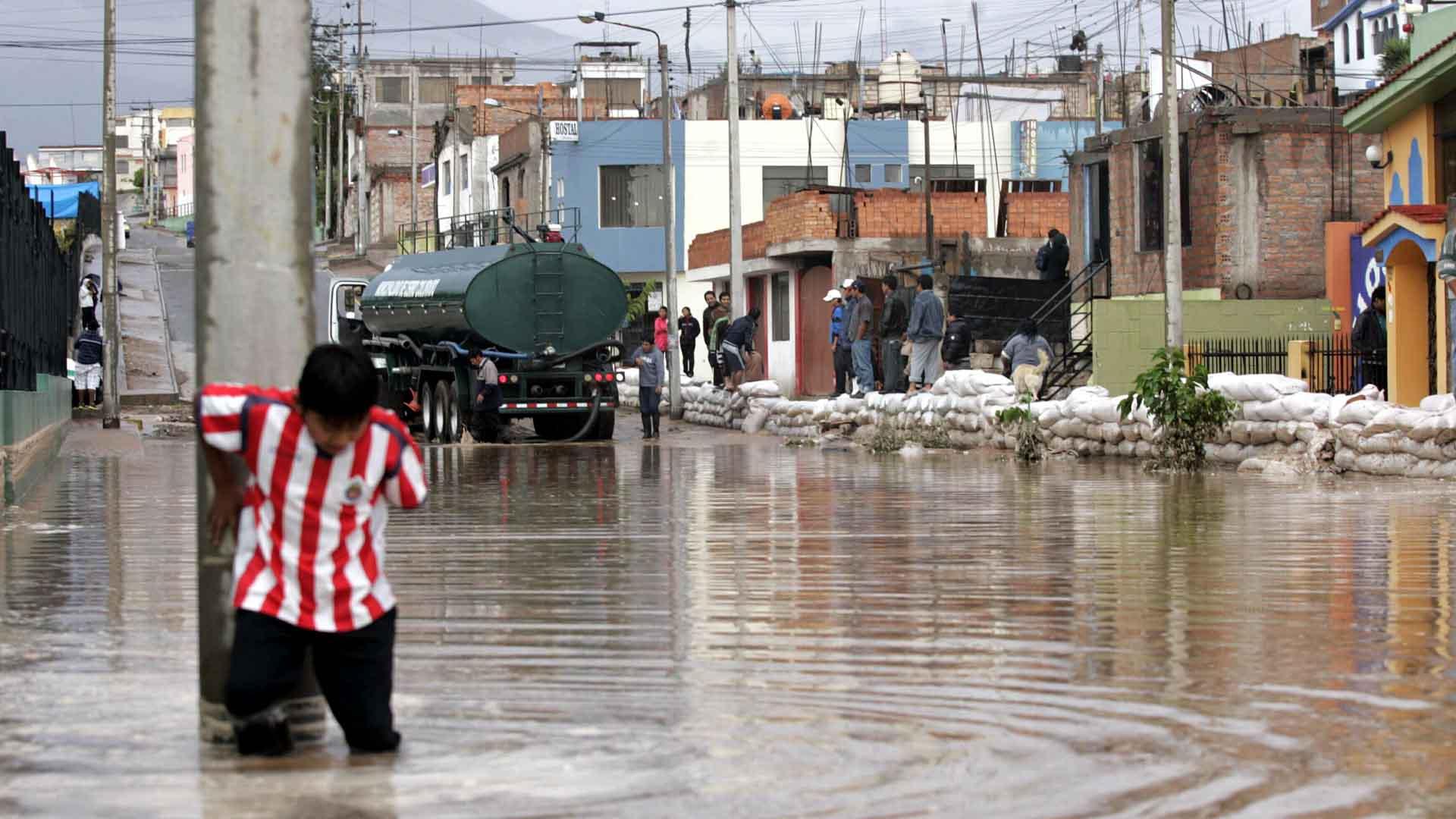 Las fuertes precipitaciones mantienen afectadas a 16 regiones del país
