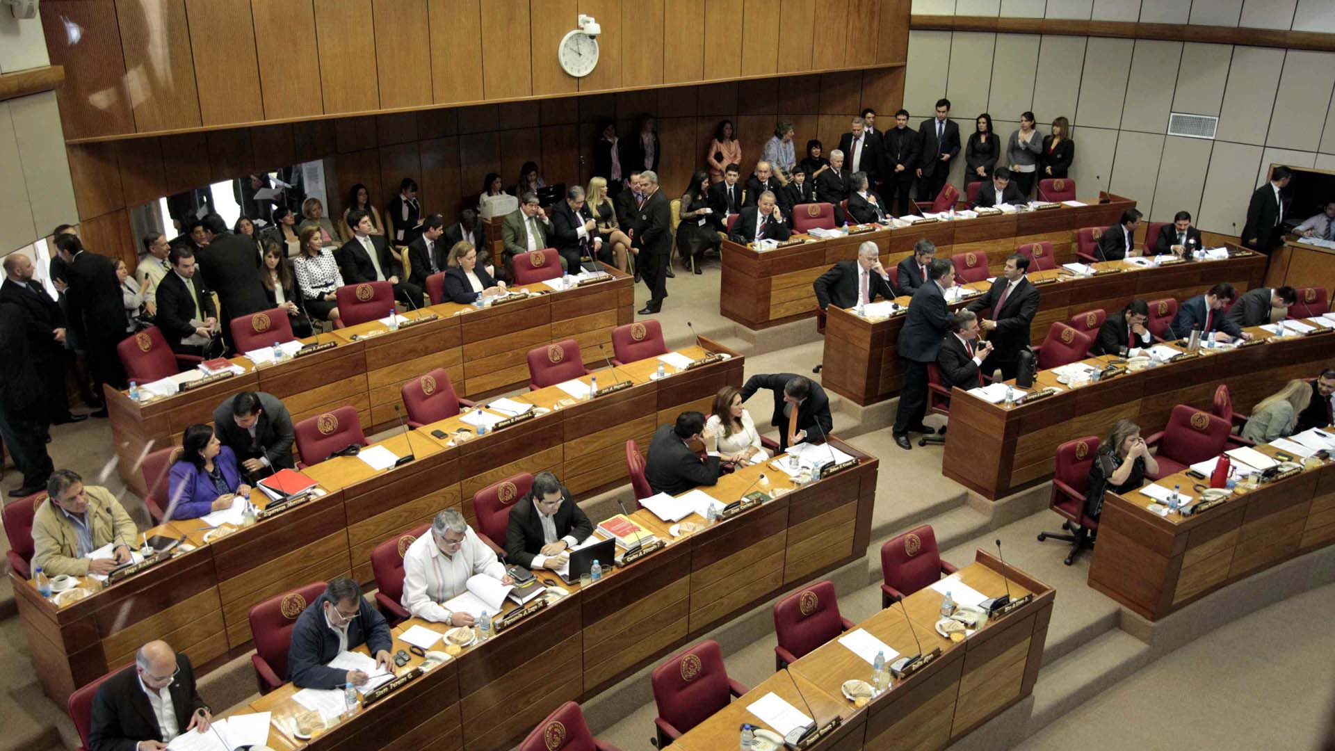Los primeros tres de nueve magistrados acusados de corrupción en diciembre de 2014 serán procesados