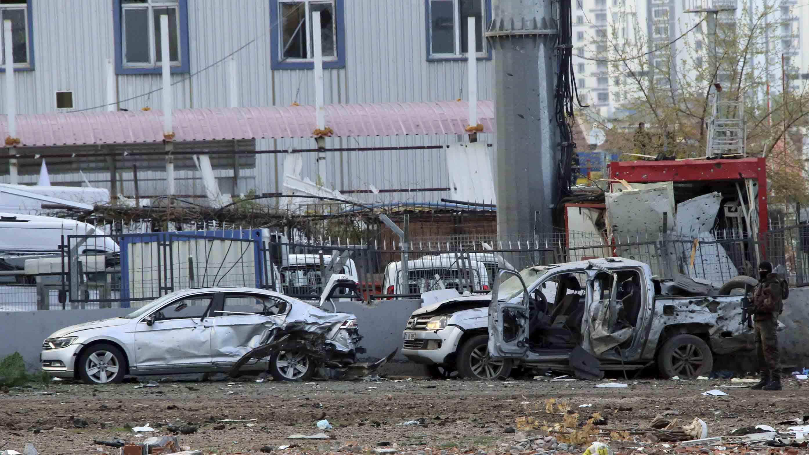 Una bomba explotó cerca de la estación de autobuses de la ciudad dejando además 27 personas heridas