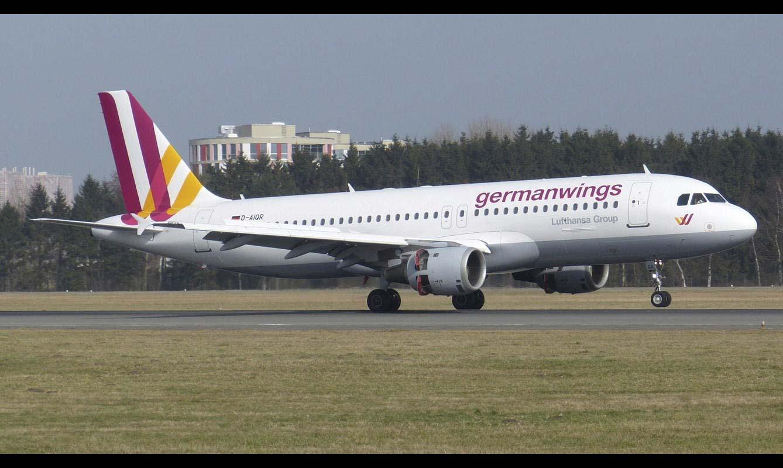 Familiares de las víctimas del avión de Germanwings que se estrelló denunciarán a la institución que formó al copiloto