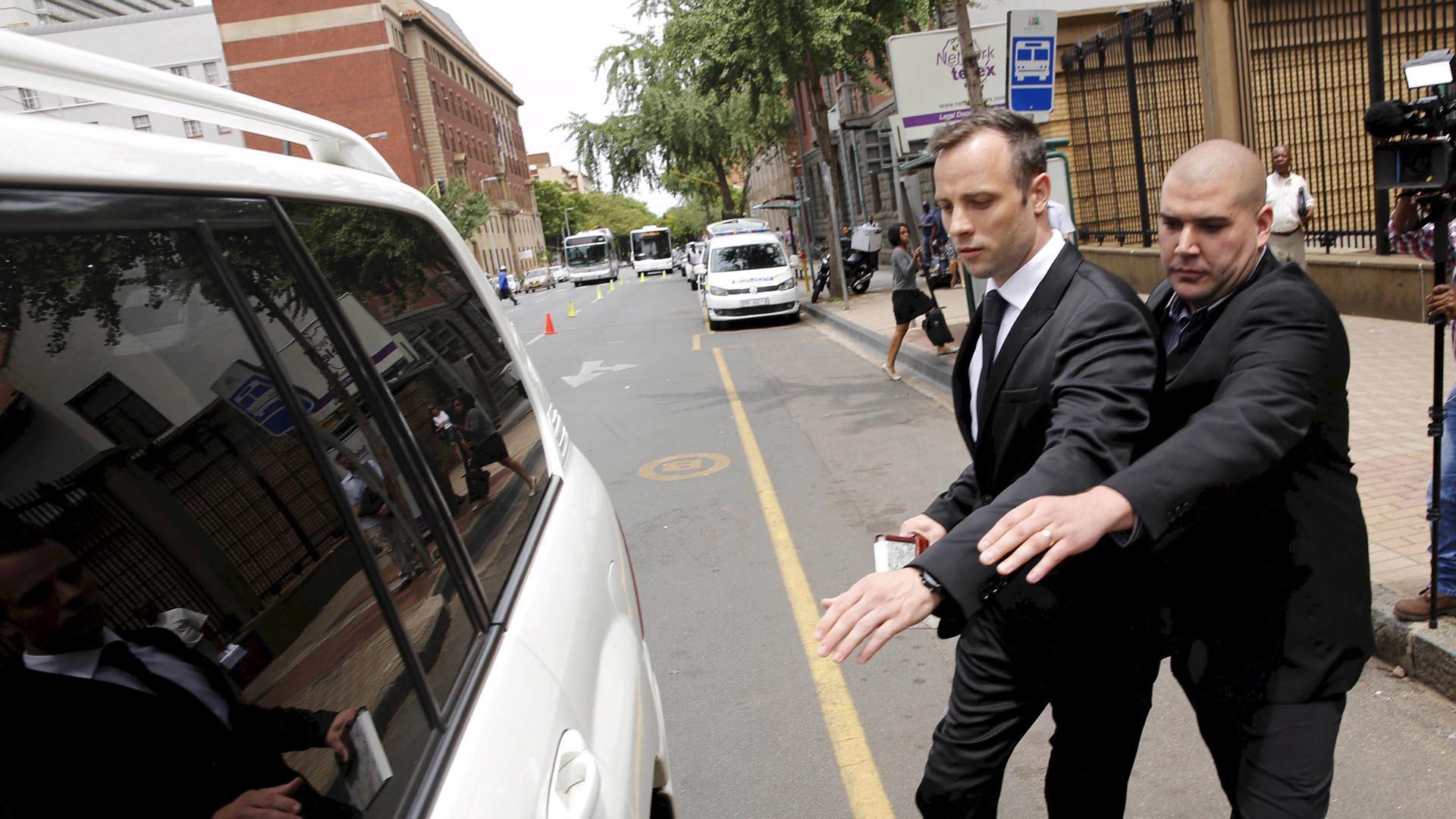 Tribunal Supremo de Apelación sudafricano aceptó un recurso de la fiscalía, quien exige una pena más fuerte y reabrió el caso