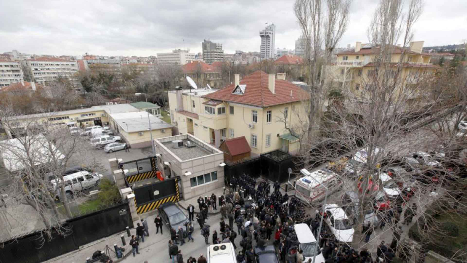El autodenominado Estado Islámico habría amenazado con atacar iglesias y sinagogas, así como sedes diplomáticas en Turquía