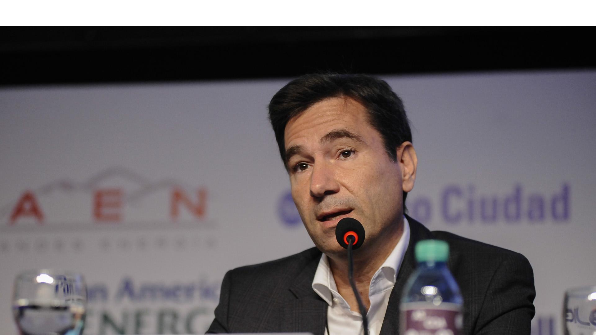 El vicepresidente de la red social para América Latina se negó a mostrar conversaciones solicitadas por la policía