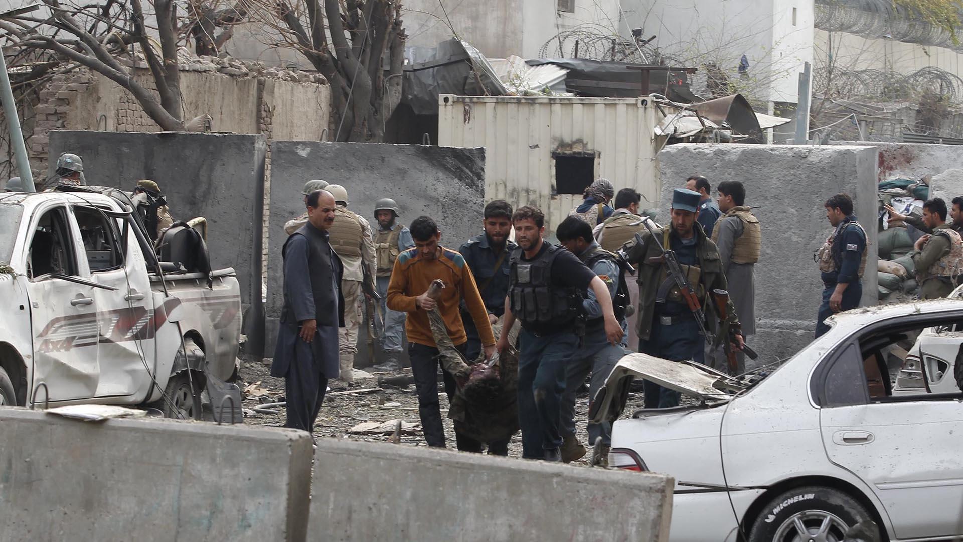 El hecho, que también dejó 71 heridos, suciedió durante un partido de fútbol en la provincia de Babel