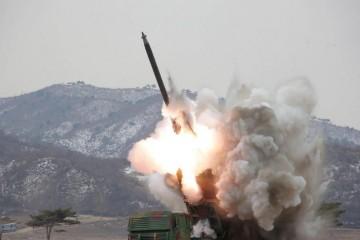 Según el Ejército surcoreano los misiles cayeron al mar al este de la península de CoreaSegún el Ejército surcoreano los misiles cayeron al mar al este de la península de Corea