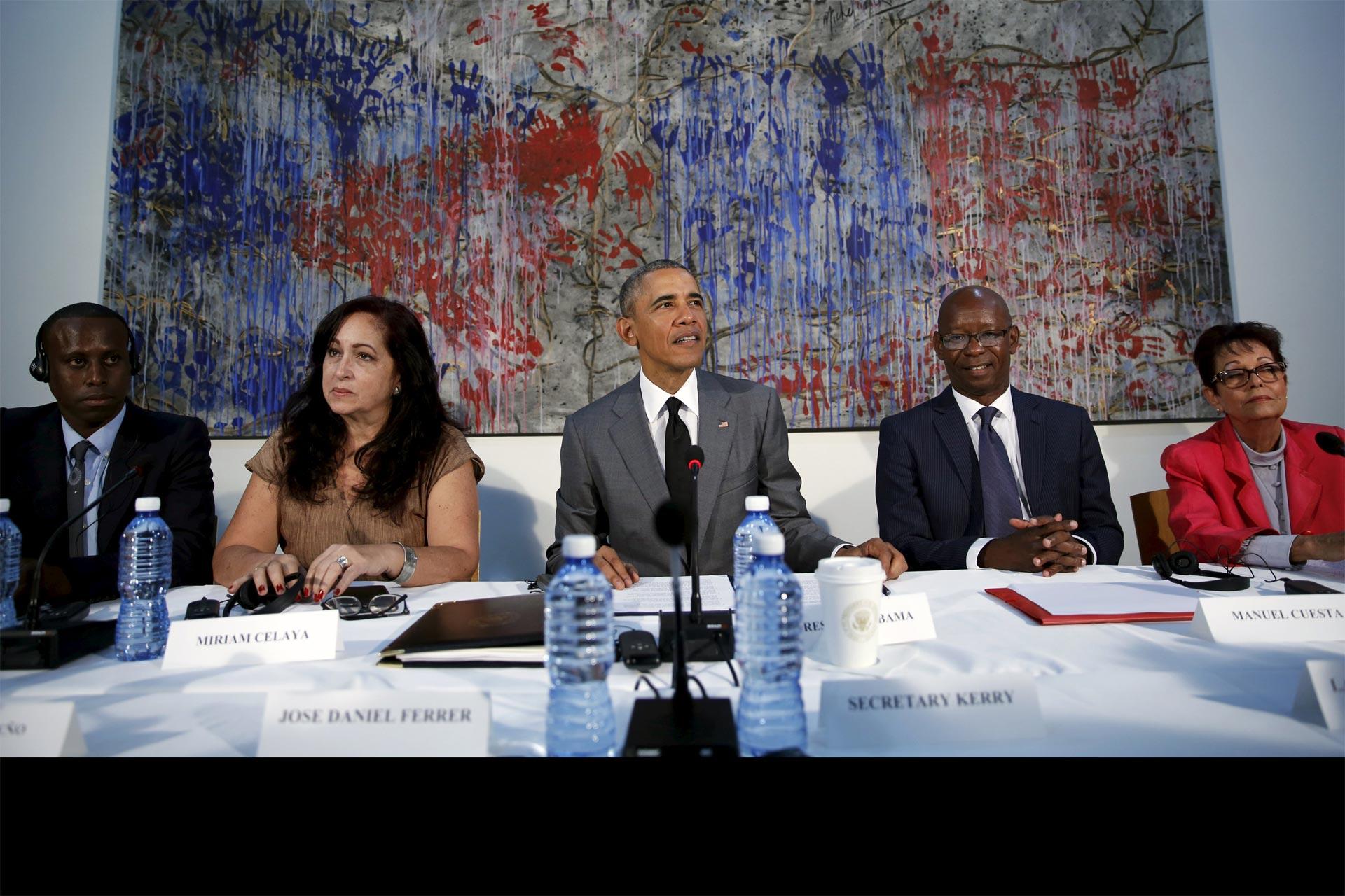 Se reunió con varios de ellos, un día después de que Raúl Castro negara la existencia de presos políticos