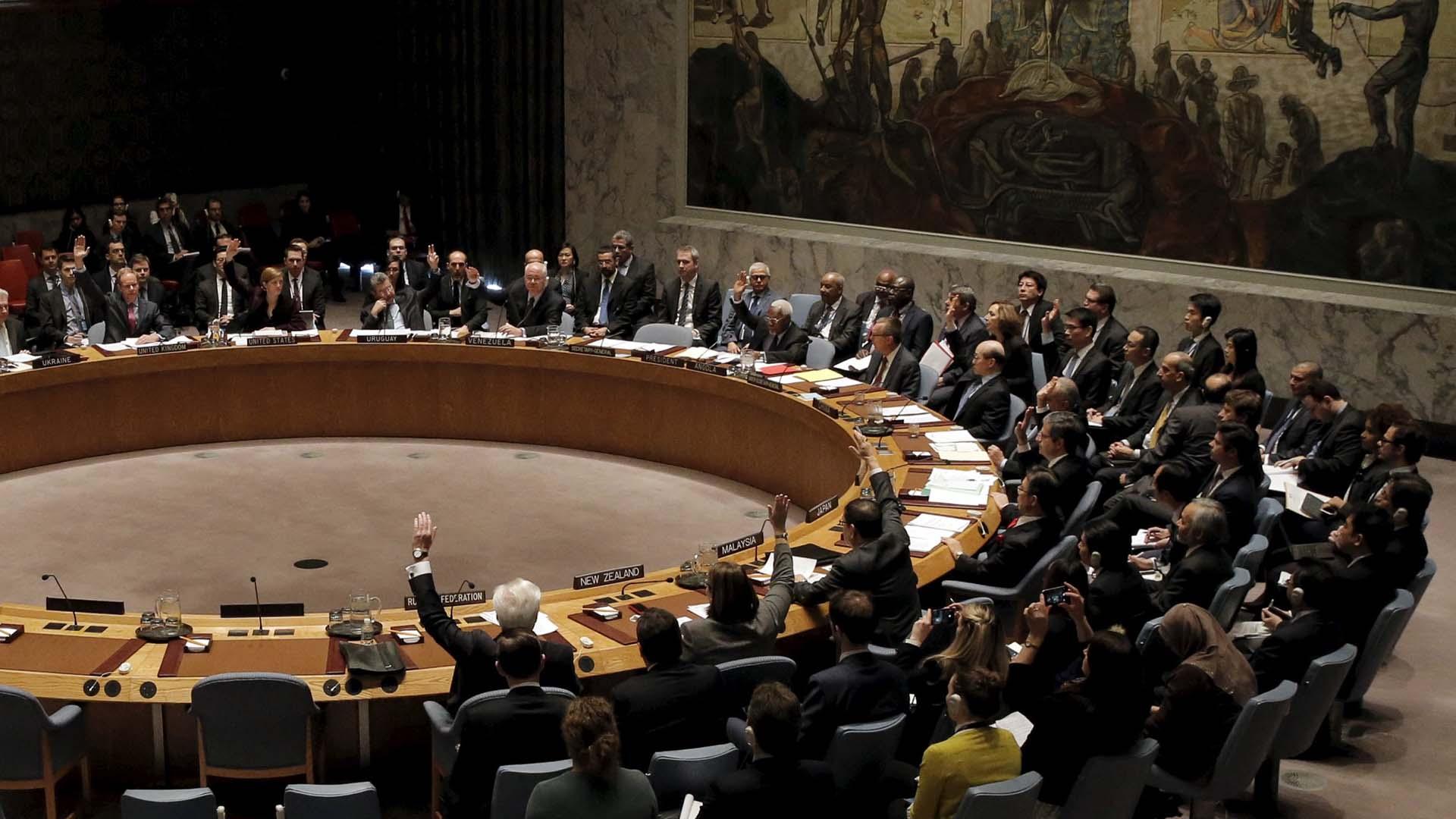 EE.UU. exige aplicar medidas contra Teherán por violar la resolución que los obliga a alejarse actividad nuclear