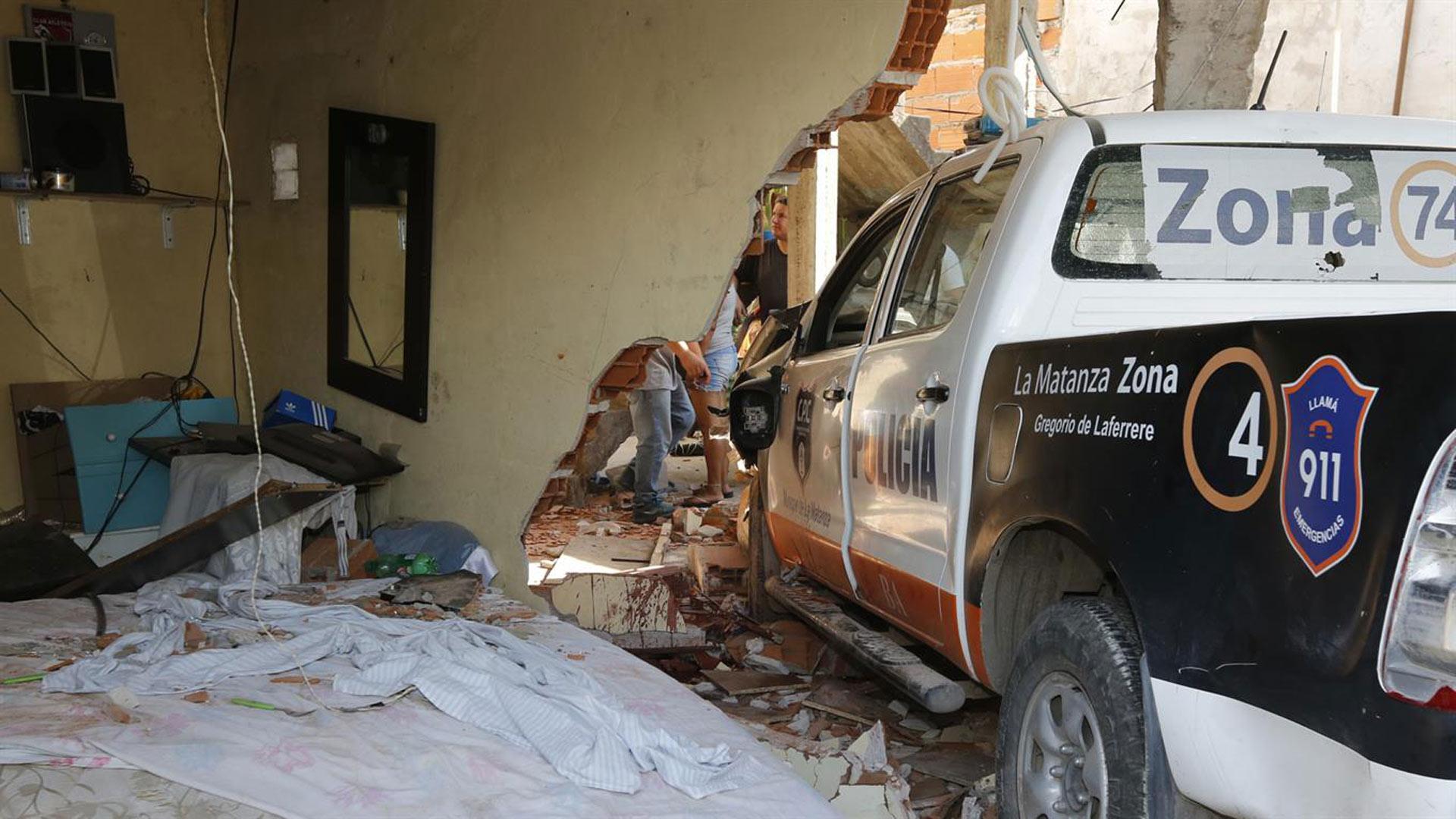 El fallecido estaba durmiendo dentro de su casa cuando ocurrió el accidente