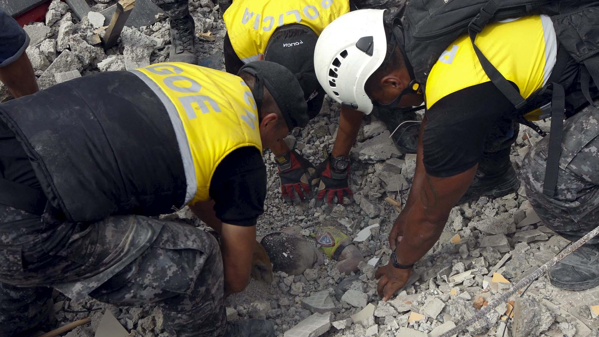 Las labores de remoción de escombros han sido priorizadas por las autoridades