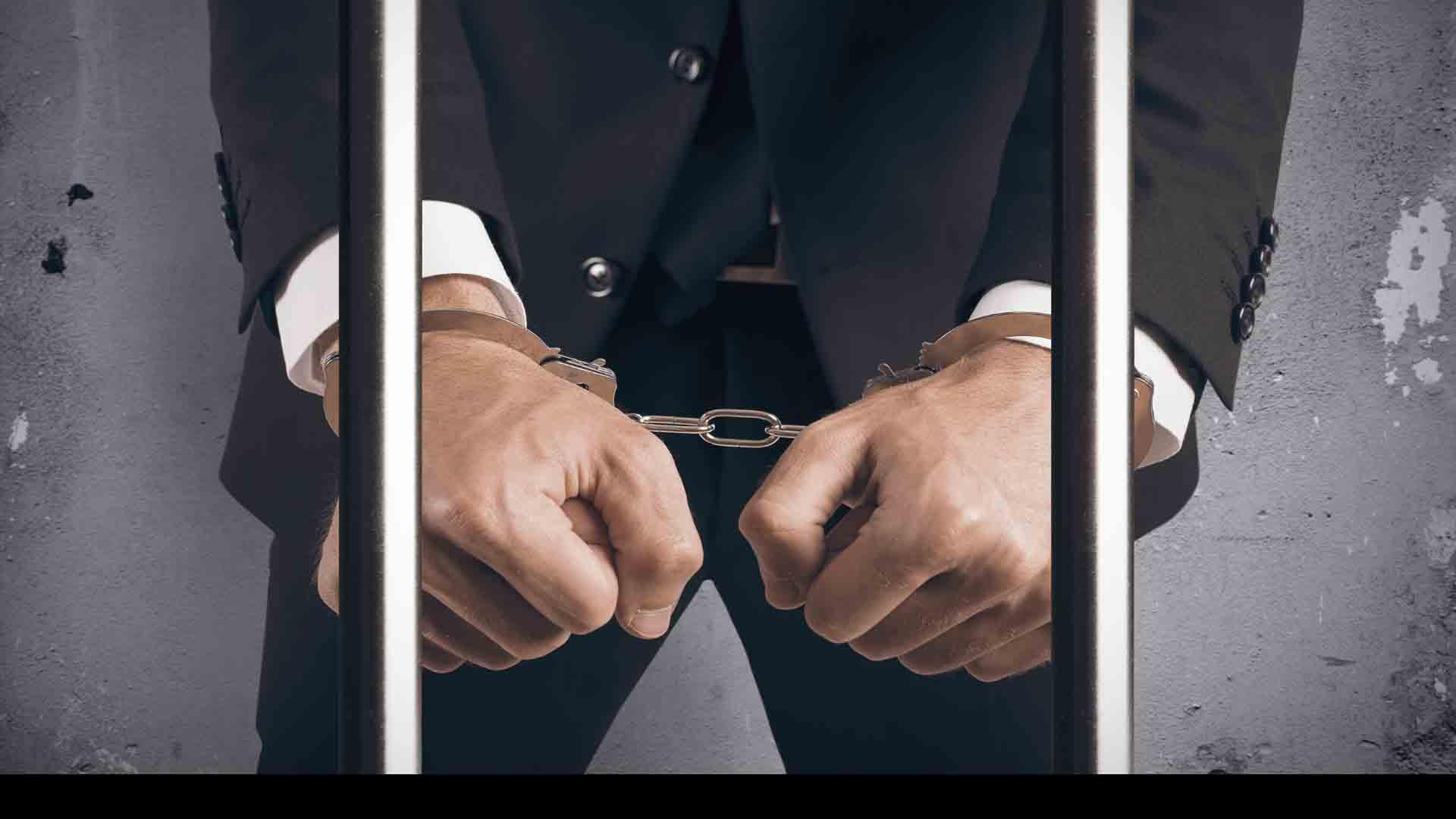 """El jefe editor de """"Cumhuriyet"""" y el corresponsal de Ankara fueron sentenciados a más de cinco años de cárcel"""