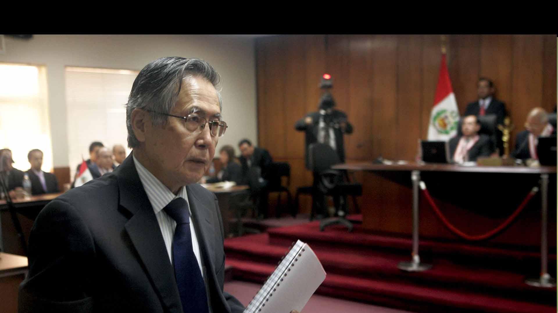 El ex presidente, que solicitó la anulación de la pena, paga 25 años de cárcel por 25 asesinatos