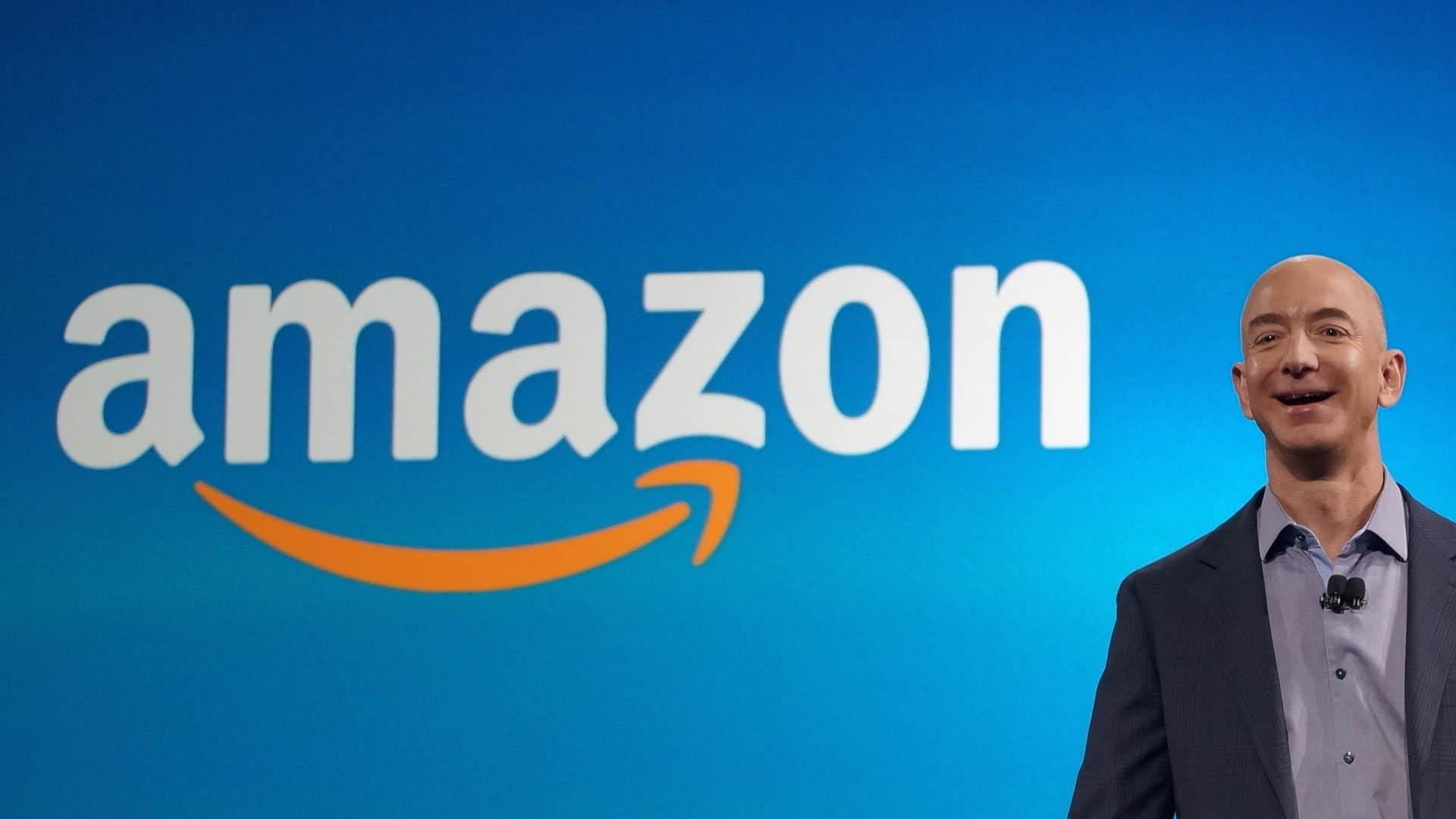 El creador y CEO de Amazon tiene pasatiempos, intereses y familia al igual que todos así que tu también puedes inspirarte y seguir sus consejos