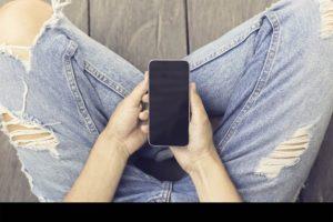 Por comodidad, muchas personas no les colocan claves a sus celulares, lo que es muy peligroso