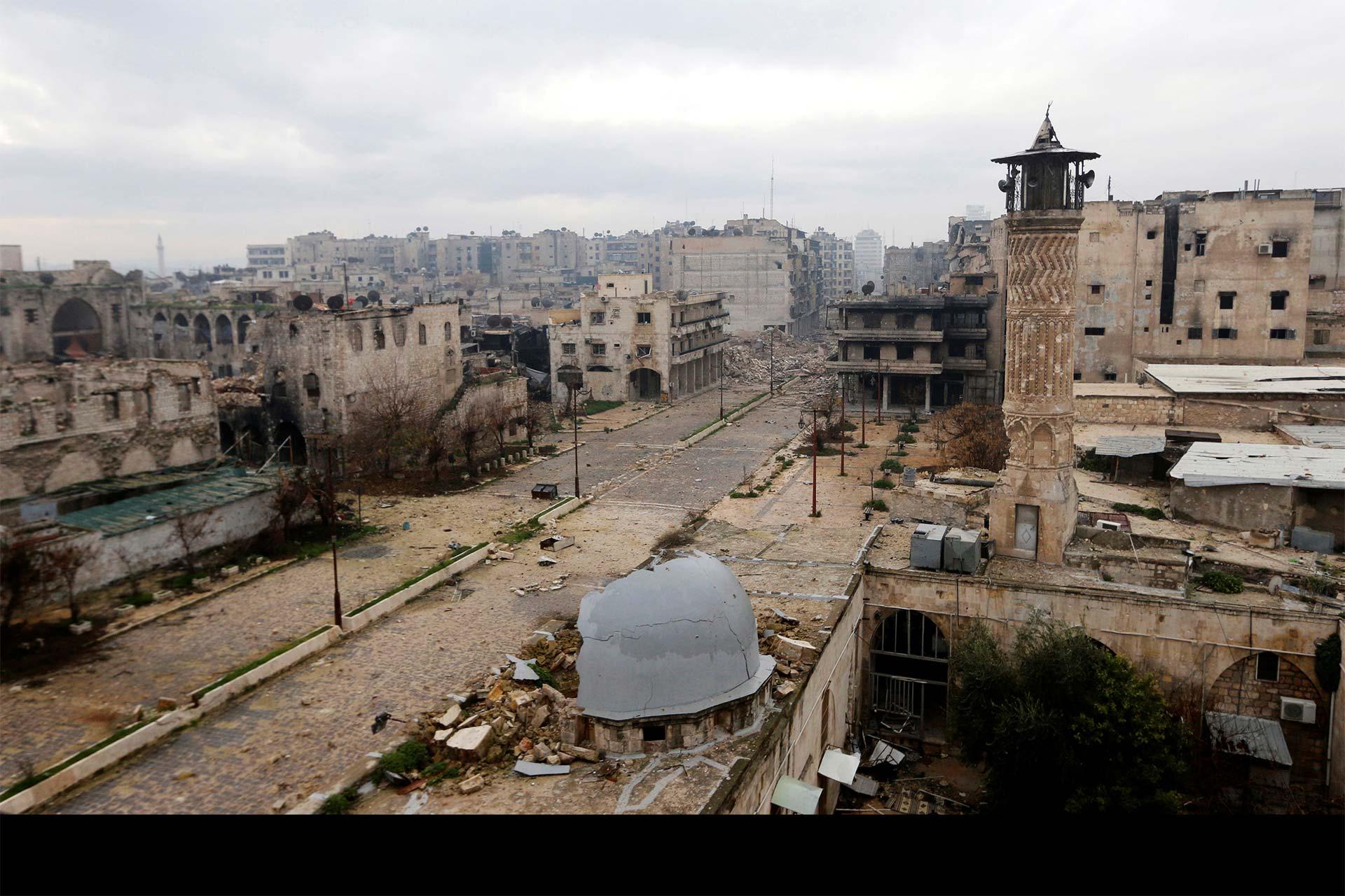 Más de 50 combatientes fallecieron a causa de misiles que estallaron en Siria, según Anadolu