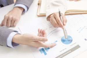 La base de todo está en descubrir las habilidades y destrezas y luego en función de ellas idear el proyecto de negocio