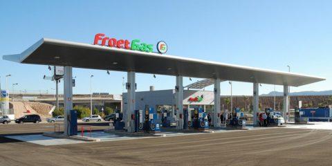 En los expendios de combustible se recomienda no bajarse del vehículo, incluso mantener los vidrios arriba para evitar también hurtos
