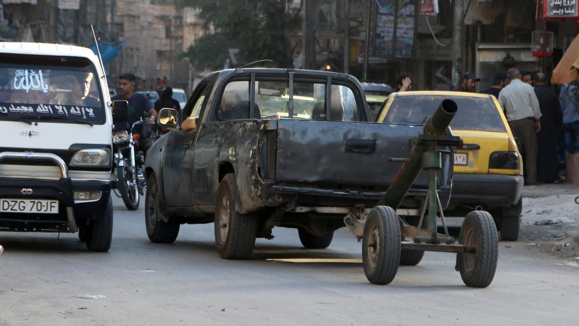 Los rebeldes sirios lograron adueñarse de una de las sedes del Estado Islamico, pero los yihadista pudieron recuperar el lugar