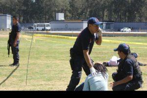Los hechos ocurrieron mientras se disputaba la final de la liga local de béisbol y al menos seis personas resultaron heridas