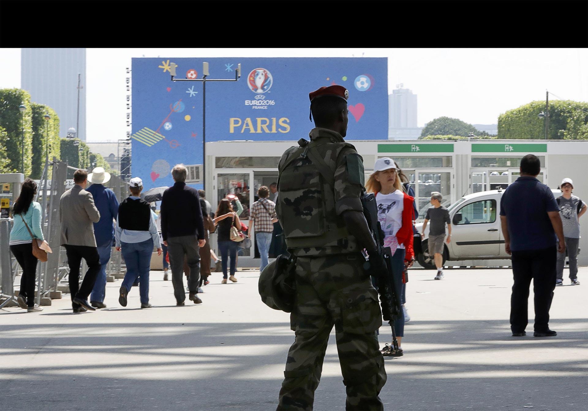 180 policías provenientes de los países participantes se encargarán de vigilar a sus hinchas